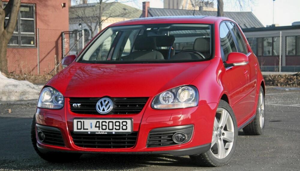 GOD BESTSELGER: Blant flere gode sider ved VW Golf V er at den finnes i mange varianter, med flere attraktive motorer og et svært godt automatgir (DSG). Golf V kom også med firehjulsdrift.