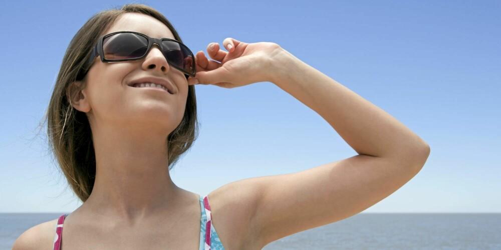 SOL: - En av grunnene til at vi mangler vitamin D er at nordmenn får for lite sol, mener lege Fedon Lindberg.