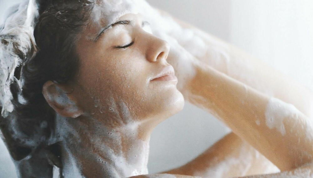 UNDERLIVET: Det går fint å dusje selv om du har sydd i underlivet etter fødselen. Men ikke bruk såpe, heller ikke intimsåpe. Foto: Gettyimages.com.