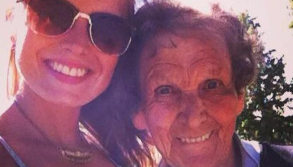 GLEM MEG EI: Vilde lever med frykten om at farmoren hennes en dag ikke kommer til å kjenne henne igjen.