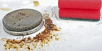RENGJØRING KOKETOPP: Tøykmykner og grønnsåpe er to av tipsene til rengjøring av koketopper.