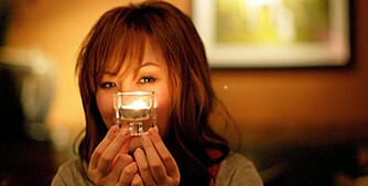 Stearinlys, en stemningskilde, men også en kilde til uhygge. Mange boligbranner oppstår som følge av bruk av levende lys.