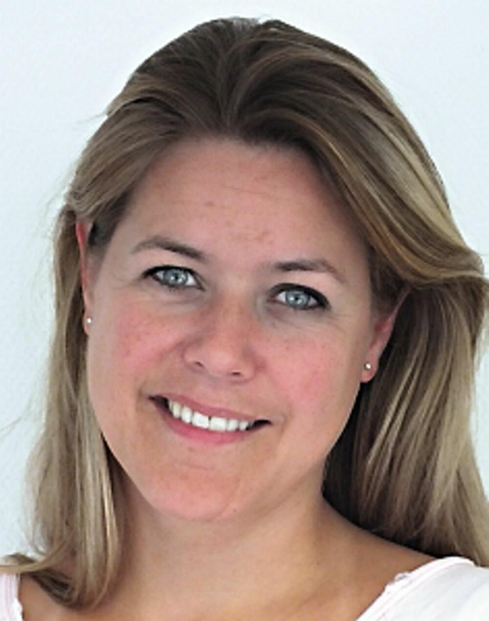 FARGEDESIGNER I NORDSJØ: Tale Henningsen lar seg ofte inspirere på houzz.com mens hun lager middag.