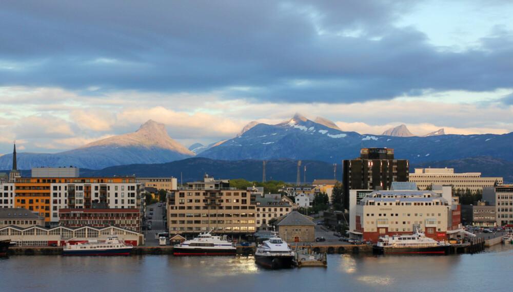SELGE SELV: I Nordland velger hele 41 prosent av dem som skal selge boligen sin, å gjøre det selv.