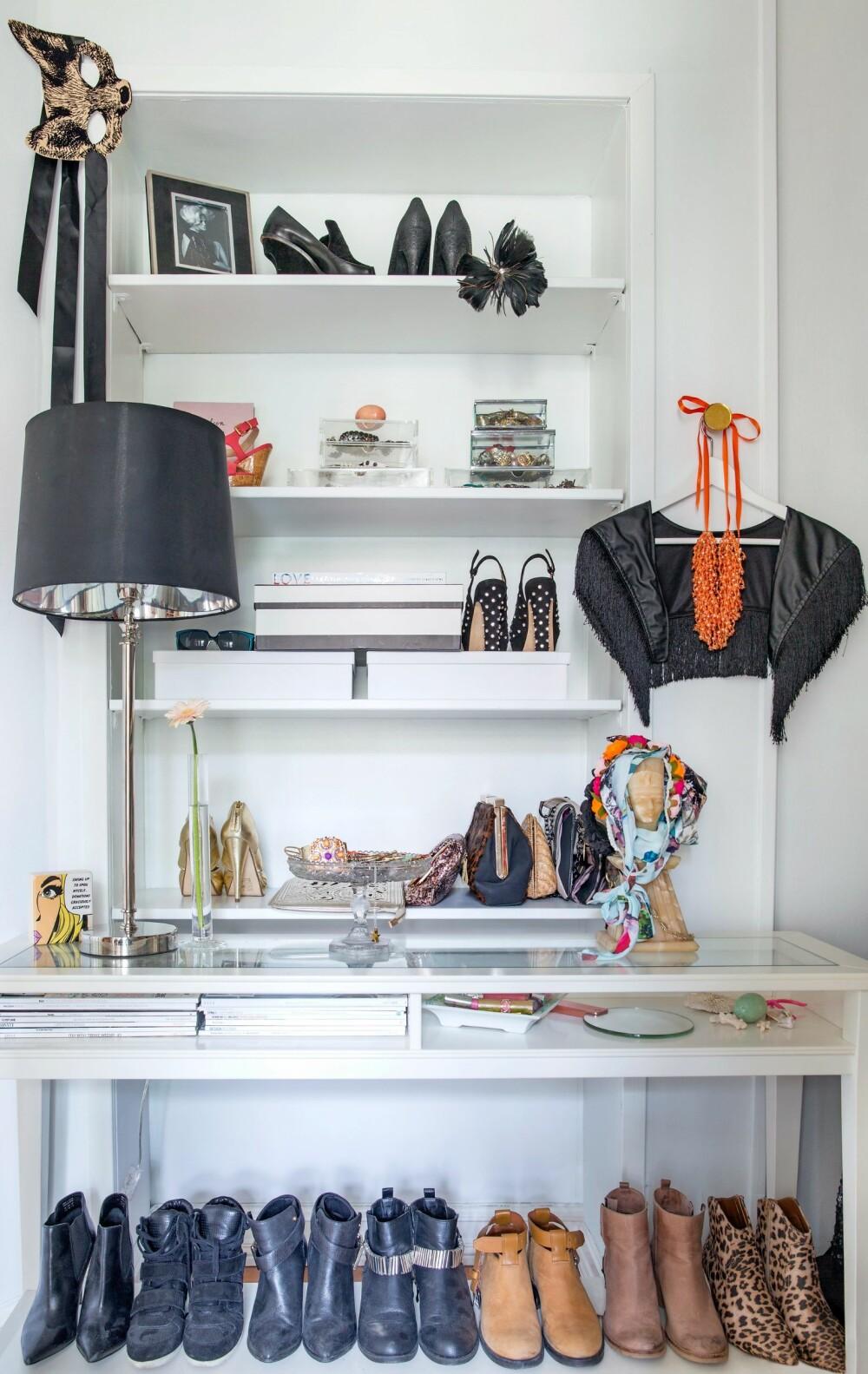 MYE Å SE PÅ: Alle detaljene i hjemmet gjør det unikt. FOTO: Margrethe Myhrer