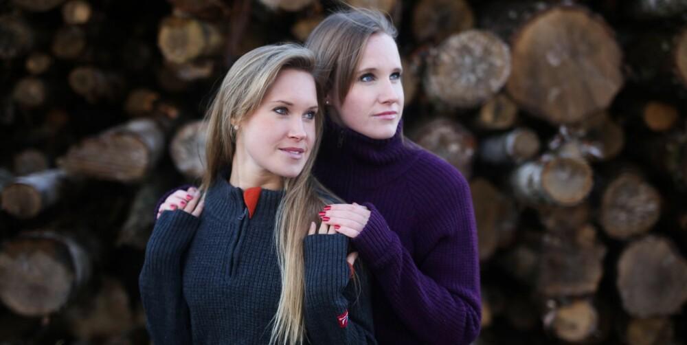NÆRHET: Søstrene Monika (til venstre) og Anette er nær hverandre. Anette brukte lang tid på å forstå at også hun hadde en sorgreaksjon da søsteren ble voldtatt.