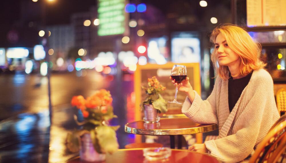 TA GREP: Hvis kjenner at drikkingen går over styr, bør du gjøre noe med vanene dine.