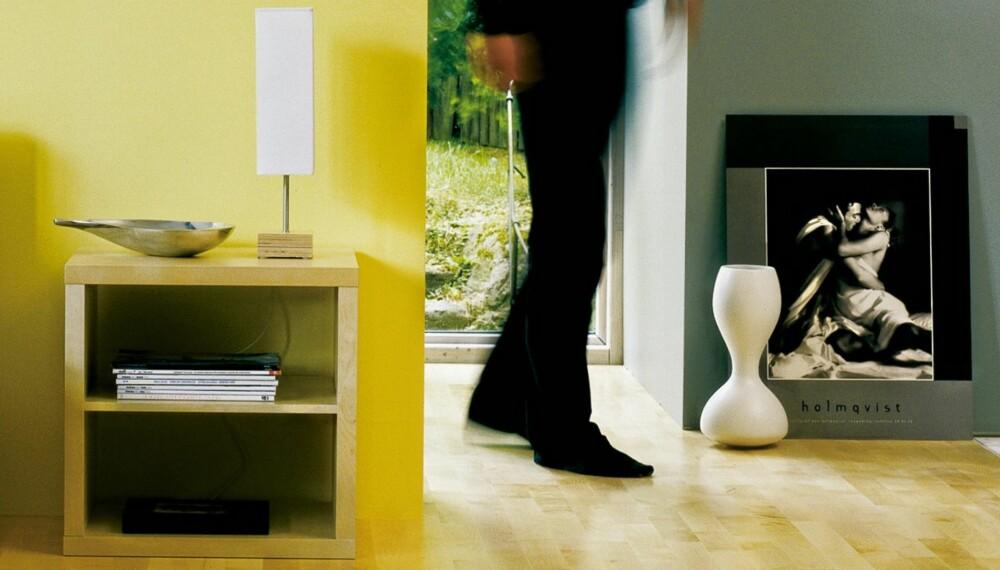 LØS PROBLEMET: Det kan være irriterende med gulv som knirker. Men det finnes løsninger på problemet!