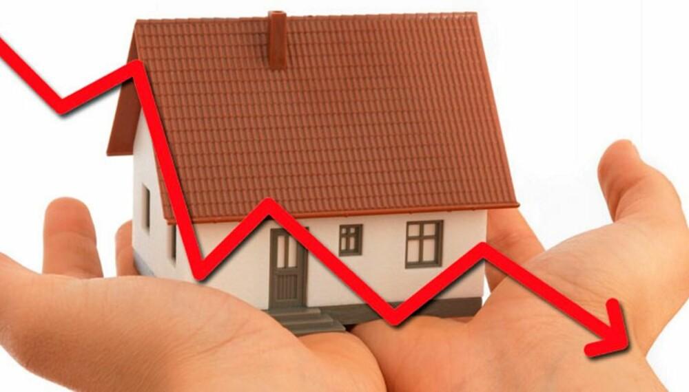 NEDGANG: Tall publisert av Norges Eiendomsmeglerforbund (NEF) og Eiendomsmeglerforetakenes forening (EFF) viser fortsatt fall i boligprisene.