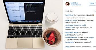 DIGGER KODING: Karlie Kloss studerer ved NYU, lærer seg programmering på fritida og arrangerer kodekurs for jenter.