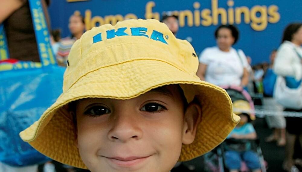 TAR MARKEDSANDELER: På ti år har Ikeas omsetning økt fra 6,3 milliarder euro til 21,2 milliarder euro. Her fra åpningen av en Ikea-butikk i USA.