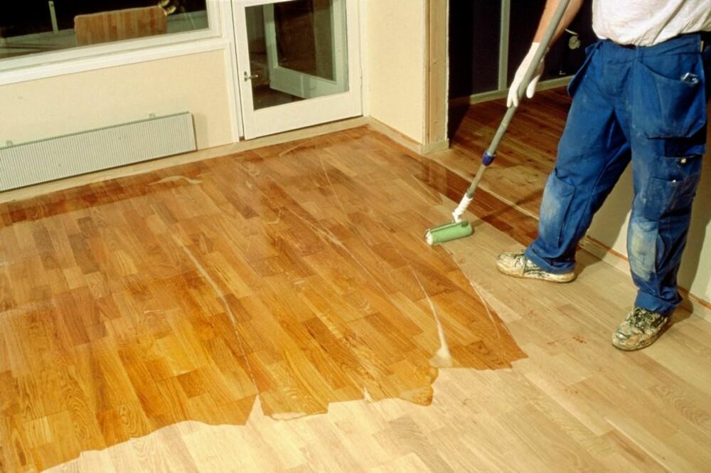 Overflatebehandling på gulv.