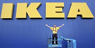 Så glad var varehussjefen da Ikea åpnet i Belfast, Nord-Irland. Nå kommer kjeden også til Nord-Norge.