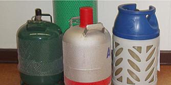 ULOVLIG: Du har kun lov til å ha to flasker med gass inne i huset ditt.