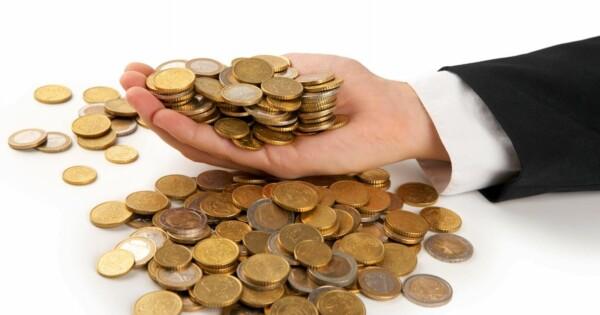 Færre lån, flere innstramminger - Bolig