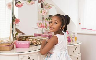 Jenterom: Gi husets prinsesse sitt eget sminkebord med et flott speil.