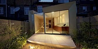 ANNERLEDES: Det spesielle tilbygget skiller seg sterkt ut fra de andre klassiske mursteinshusene i nabolaget.