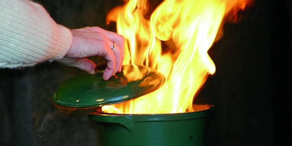 BRANNÅRSAK: Tørrkoking av gryter kommer høyt opp på brannårsakstatistikken i norske hjem.