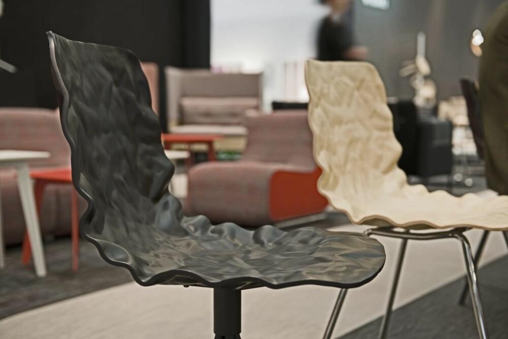 UTVALGT IMPERFEKSJON: Skallstolen Dent er designet av svenske o4i og produsert av Blå Station er et av årets dristigste møbelsatsinger.