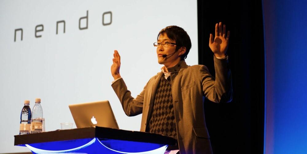 ÆRESGJEST: Oki Sato er grunnleggern av Nendo, et av de mest spennende designstudioene i dag.