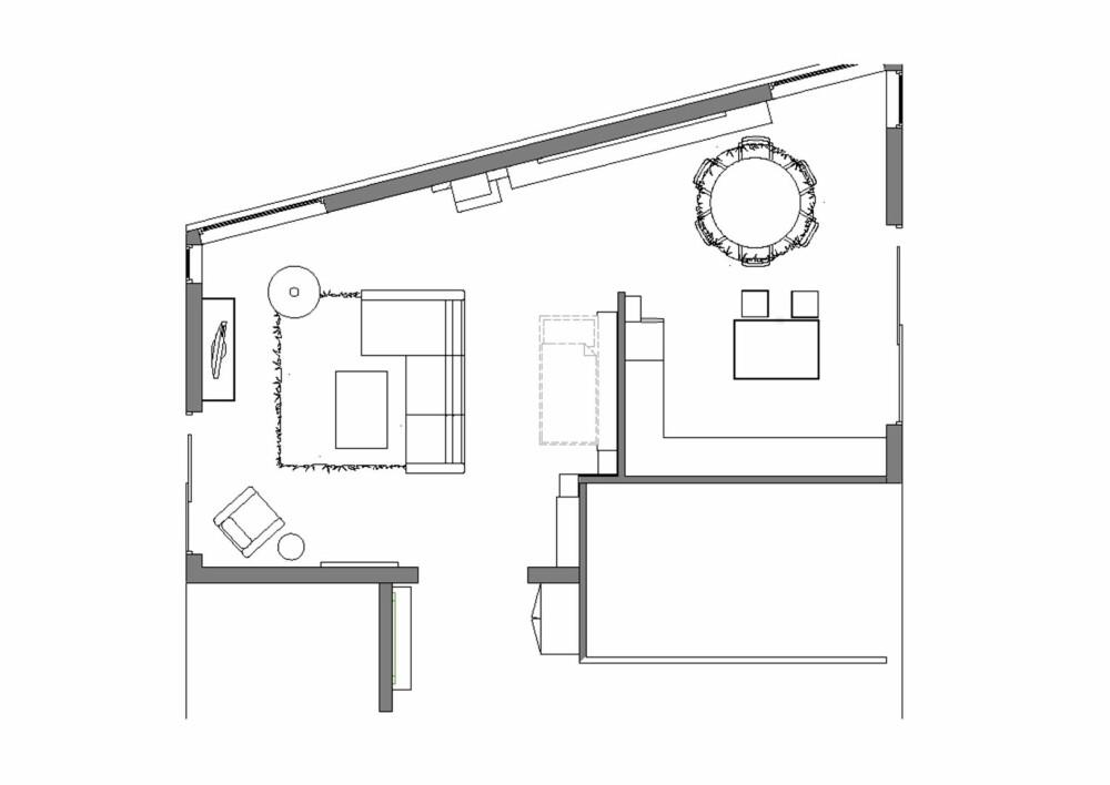 BEHOLDT PLANLØSNINGEN: Den opprinnelige planløsningen ble beholdt. Det er åpent mellom entré, stue, spisestue og kjøkken.
