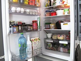 START HER: Rydde-ekspert Eva Isachsen mener det er lurt å starte storopprydningen i kjøleskapet.