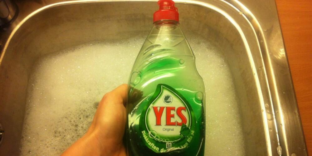 NUMMER TO: Yes oppvaskmiddel er drøy, men dyrere enn zalo, og vasker ikke like rent.