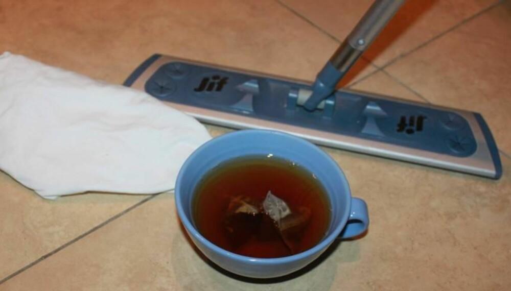 POLERE GULV: Du kommer ikke til å tro alt du kan gjøre med te. FOTO: Trine Jensen