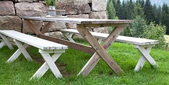 LL0414 Snekre utemøbler hagemøbler Bord og benk gjør det selv Småbrukerskills Liv Sandvik Jakobsen