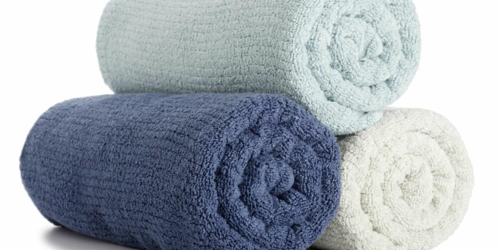 BYTTE: Du bør skifte håndklærne 1-2 ganger i uken.