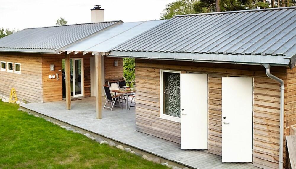 MODERNE: Hytta har fått en moderne utforming med to bygningskropper. Grunnflaten er på 60 kvadratmeter. Med underetasjen er boflaten på 90 kvadratmeter.