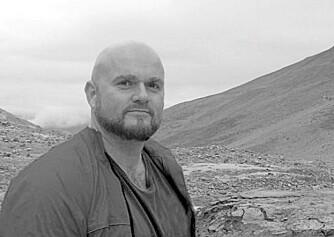- Det ligger store kvaliteter i den gamle bebyggelsen som fortsatt finnes langs kysten i Troms, sier arkitekt Tord Kvien. Men alt for sjelden blir denne arven utnyttet  i nye formspråk. Dette lille hytteprosjektet var et forsøk på å ta vare på endel av det gamle i en ny versjon tilpasset vår tids behov.