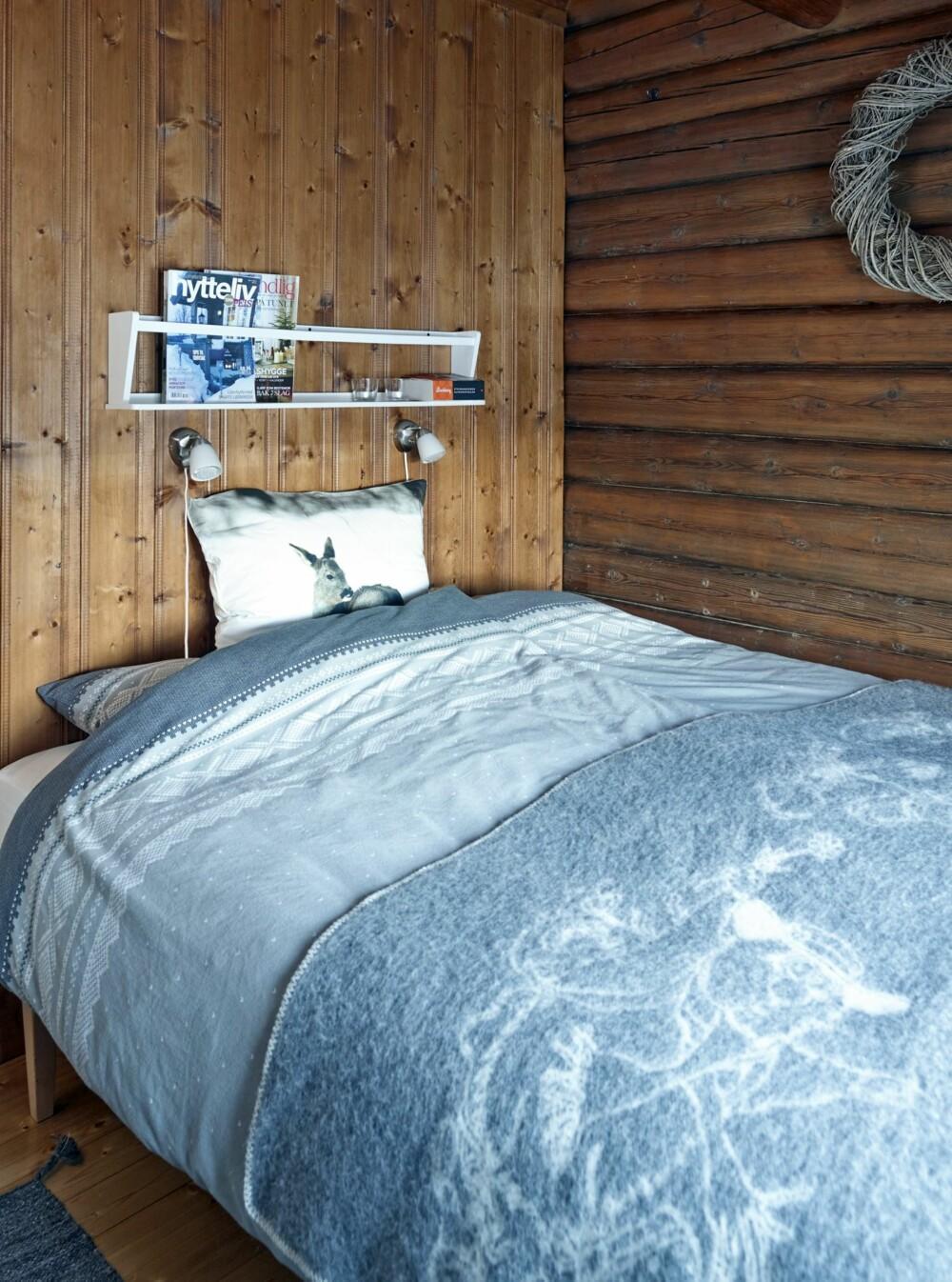 Sjarmerende: Det er foreløpig bare ett soverom i hytta. Planen er å flytte kjøkkenet slik at de får en bedre arealutnyttelse og plass til et nytt soverom.