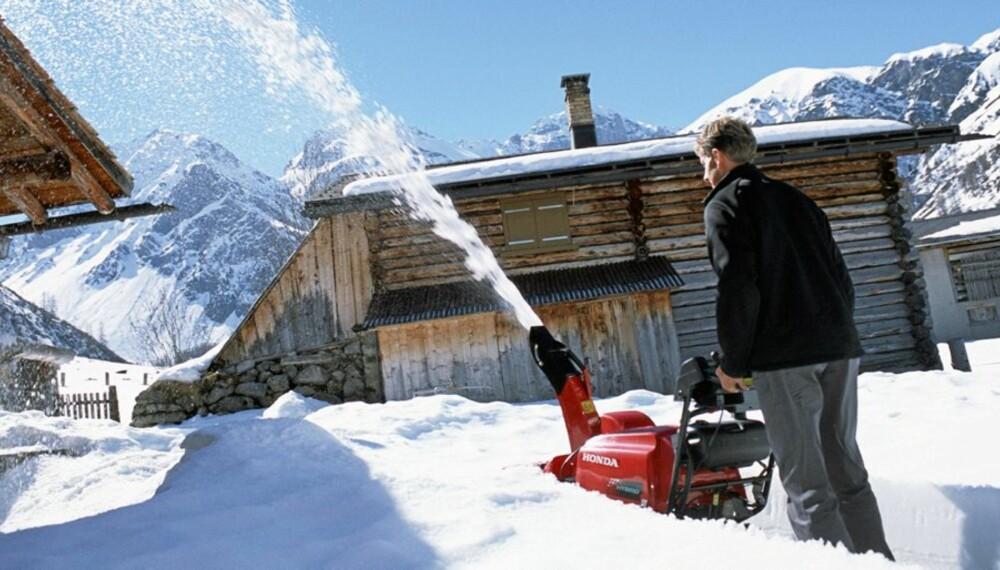 SNØFRESERE: Når snøen laver ned er snøfreseren  redningen.