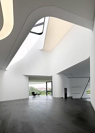 HUS ELLER? De tre etasjene har utspring og former som er svært utradisjonelle.