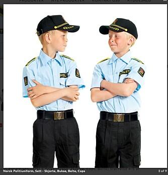 UTTEMODELLER: Lekeprodusenten TSI har foreløpig bare gutter i sine politilekeuniformer, men lover å ta nye bilder med begge kjønn neste år.