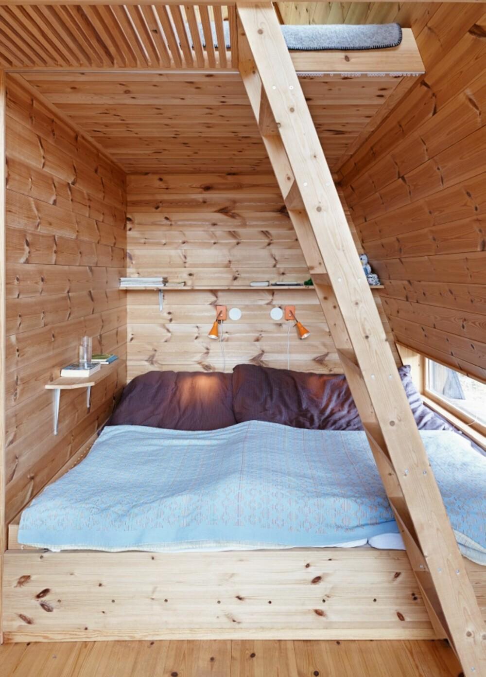 Hyggelig soverom: De som ligger på hemsen kommer høyt og tett på naturen.