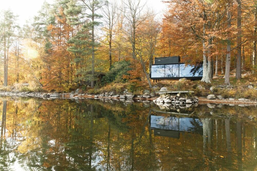 UTSIKT: Den ene veggen til vipp-shelter har store vinduer som åpner opp mot naturen.