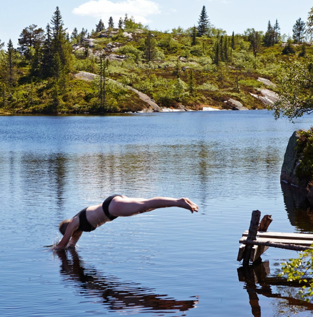 Stup forelsket: Allerede som 10-åring falt Gunhild pladask for naturen i Fyresdal. Hun er fortsatt like forelsket i barndommens paradis.