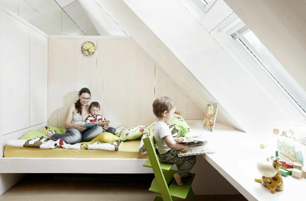 ARKITEKTENS TRYGGE GREP: Aktivhuset for aktive barn har rom med veggfast innredning.
