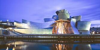 GUGGENHEIM-MUSEET I BILBAO: En berømt kanadisk arkitekt står bak den banebrytende oniske museumsbygningen i Nord-Spania