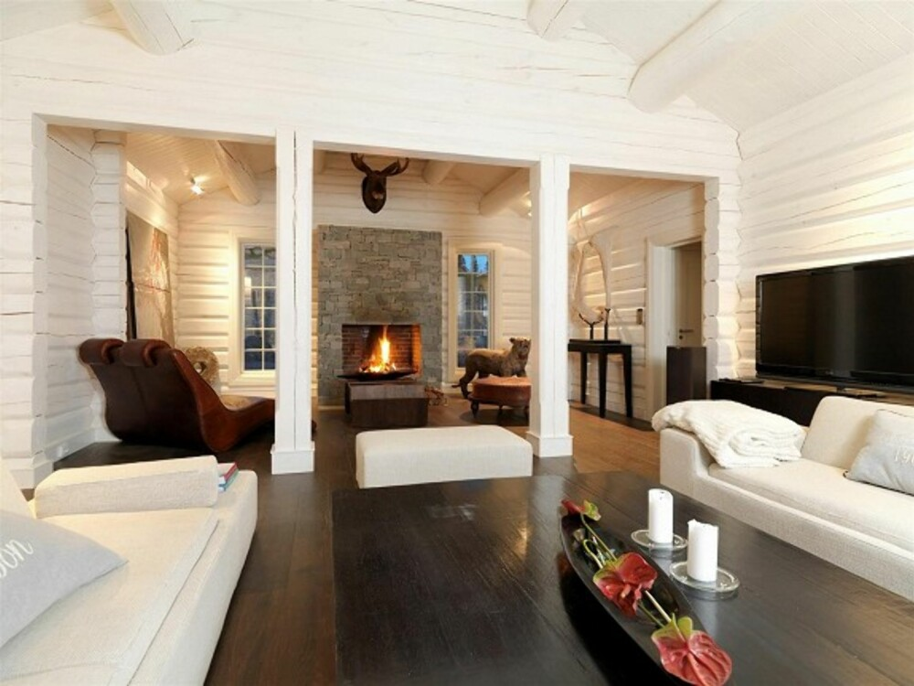 HAVFJELLTOPPEN: Med utsikt over Gudbrandsdalen ligger hytta i et av landets mest ekslusive hyttefelt.