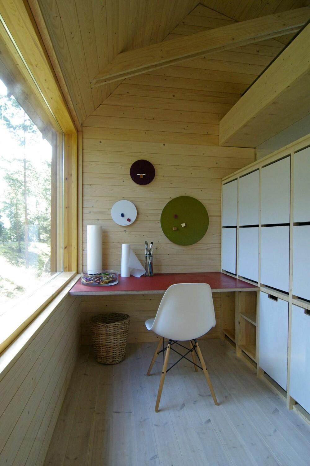 ET FORBILDE FOR MANGE: Det er slike rene, elegante innredninger alle forbinder med moderne, finsk design.
