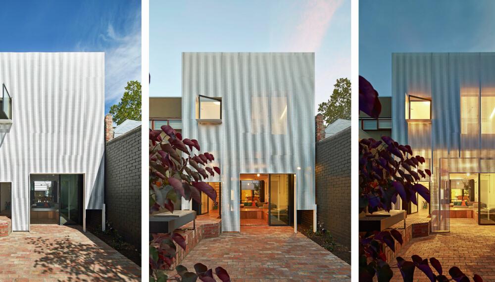 FORVANDLINGEN: En perforert metallgardin henger nedover fasaden på dette huset og skaper visuelle effekter og god solskjerming.