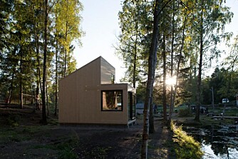 """MILJØVENNLIG: På samme måte som """"storesøster"""" Woody35 lager også denne hytta et lite fotavtrykk på miljøet rundt. FOTO: Jonas Adolfsen"""