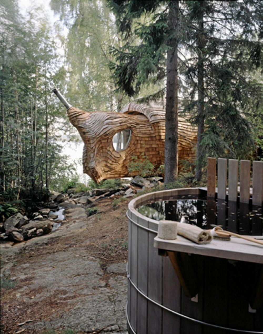 COOL DESIGN FROM HOLLAND: Når snuterommet nesten henger over bekken er naturopplevelsen på stedet på sitt mest ekstreme.