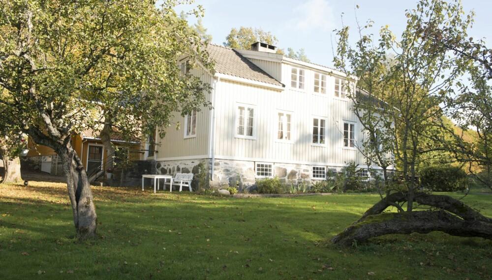 SLEKTSGÅRD MED SJEL: Så mye som mulig er bevart i huset som er fra 1860.