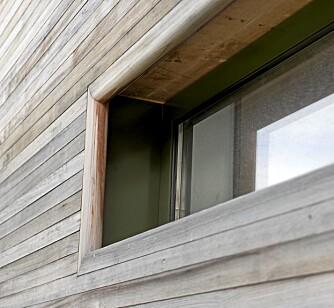 DETALJER SOM TELLER: Bordkledningen er kul, og den beskytter og skjermer vindusflaten