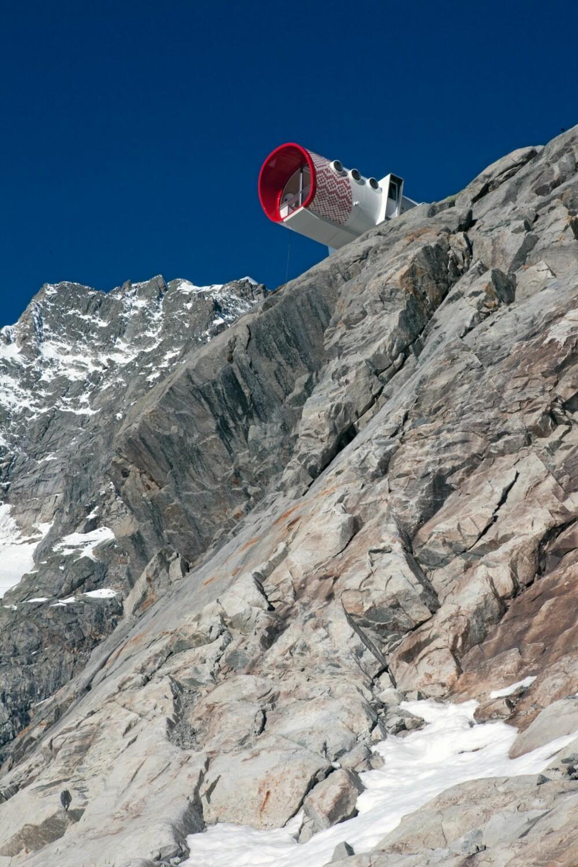 FRISTED I DET FRI: Hytta er ment som et gratis og åpent fristed for turfolk og klatrere.