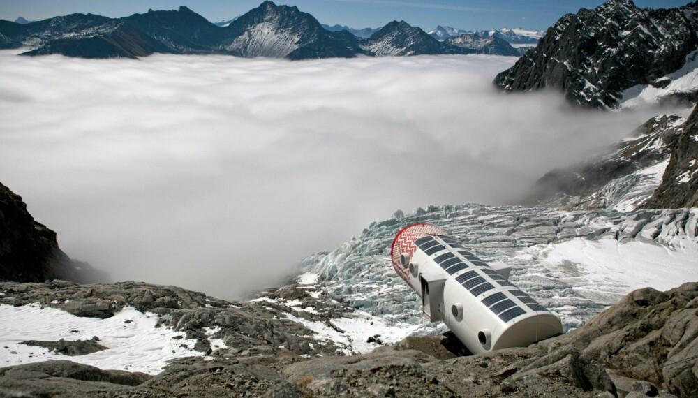 UNIK UTSIKT: Utsikten fra hytta er helt spesiell. Materialene på installasjonen er laget for å tåle ekstreme værforhold.